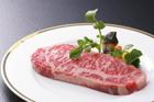 皿の上の牛肉