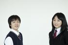制服姿の学生 男女2人