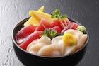 ホタテとマグロの海鮮丼
