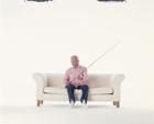 釣竿を持つ中高年男性