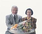 カウンターの老夫婦