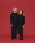 黒い服の老夫婦