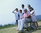 三世代家族・車椅子