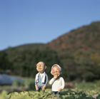 畑の老夫婦,クラフト