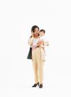働く母と子
