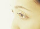 女性の目アップイメージ