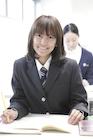 教室での女子高校生ポートレート